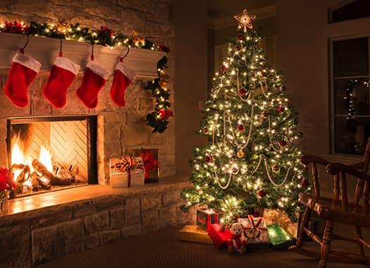evansville living room decorated for christmas