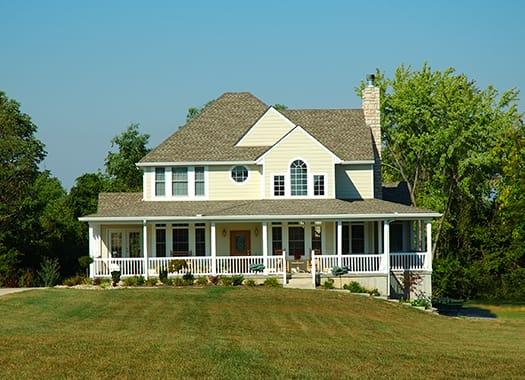 A beautifuly cared for home in louisville kenticky protected with residentail pest control year-round