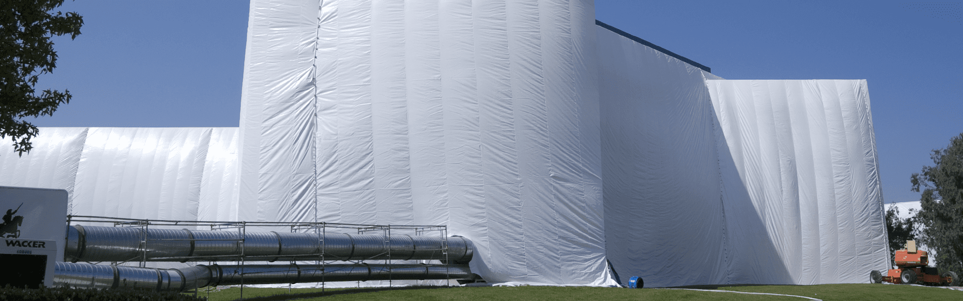 commercial facility tented for fumigation service
