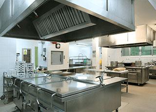 restaurant kitchen in downtown louisville