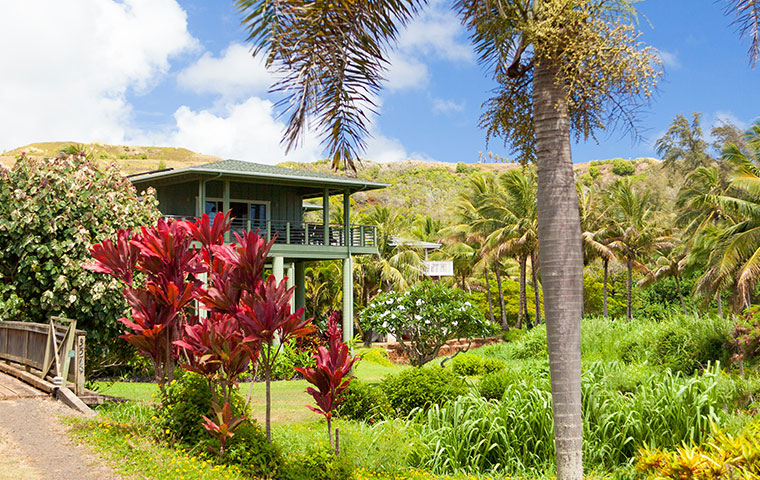 the exterior of a home in kapolei hawaii