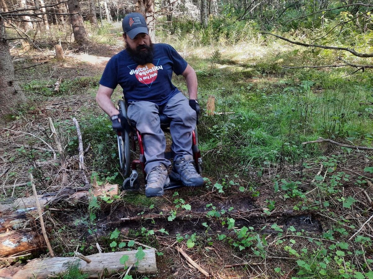 Challenges on the Hunter Cove trails. Photo credit: Enock Glidden
