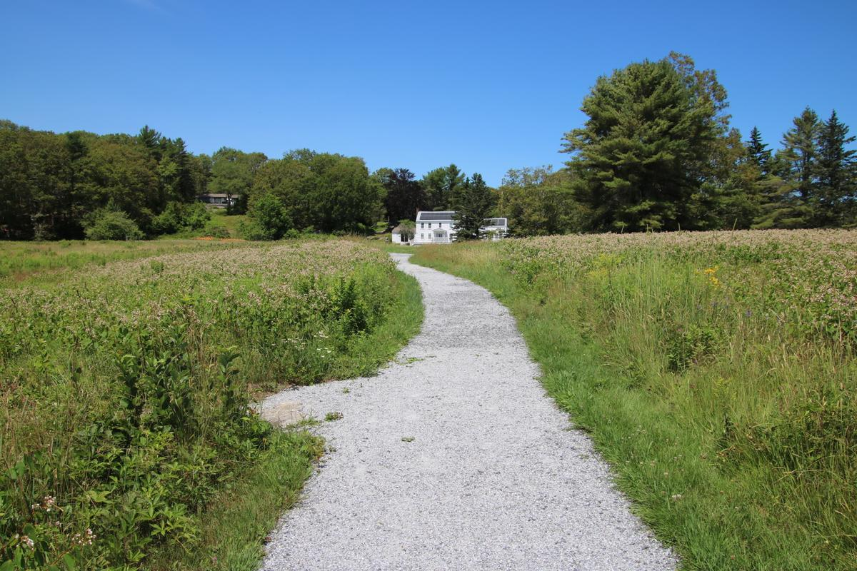 The accessible trail at Oak Point.