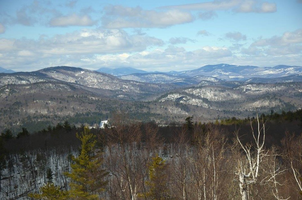 The view north from the ledges of Noyes in the winter (Credit: Carl Costanzi)