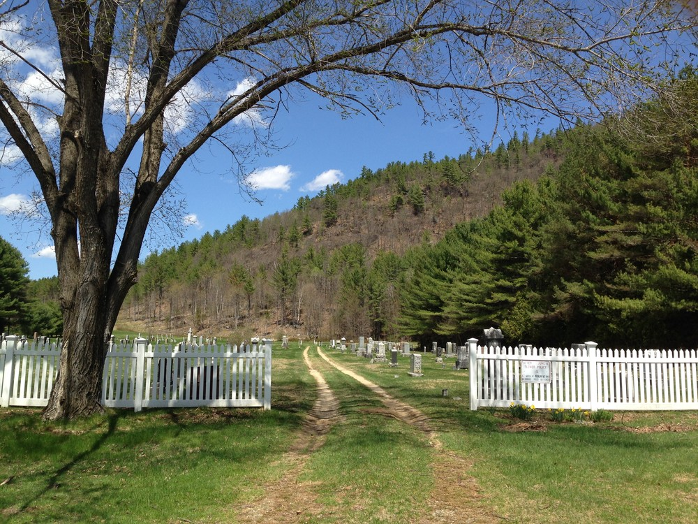 Cemetery at base of trail. (Credit: Mahoosuc Land Trust)