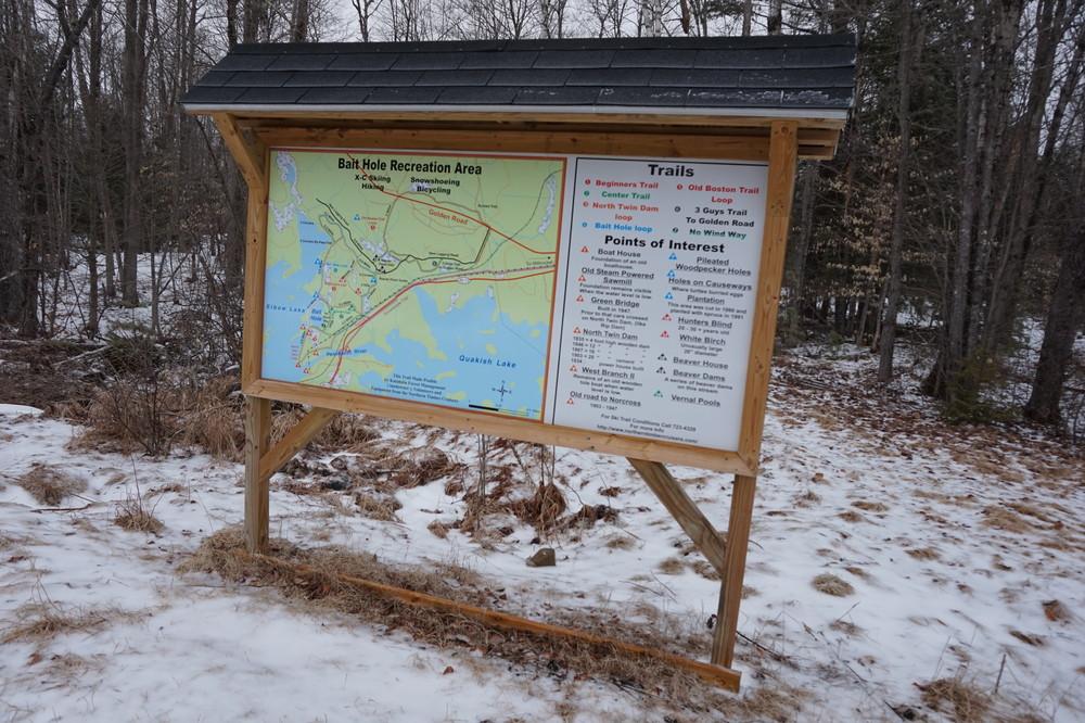 New Sign at entrance to ski trails (Credit: Don Nodine)