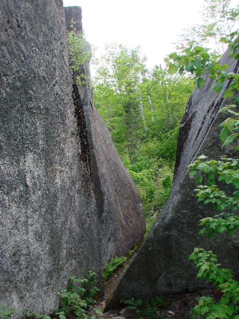 Walking through the Split in Daggett Rock (Credit: Ken Gross)