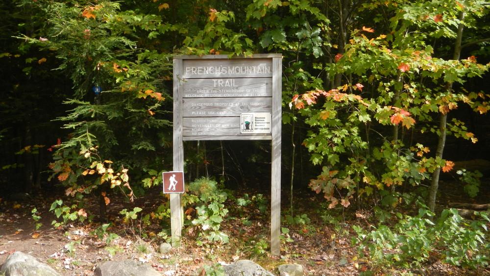 Trailhead Sign (Credit: Alison DeGraff)