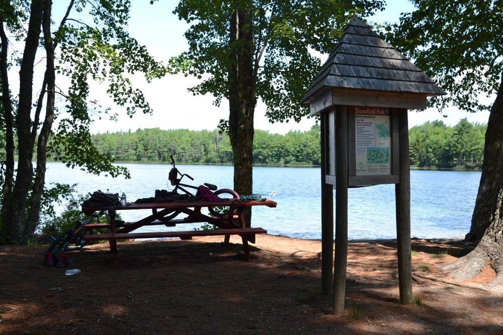 Information kiosk and picnic area (Credit: Maine Trail Finder)