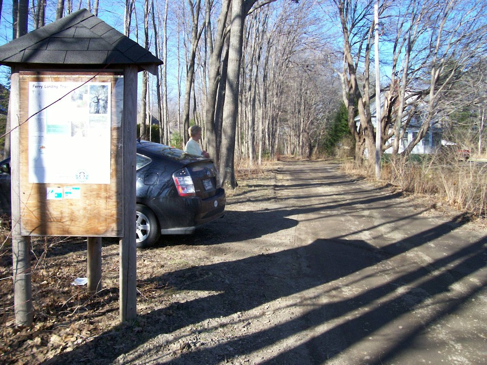 Trailhead and Parking Area (Credit: Saco Bay Trails)