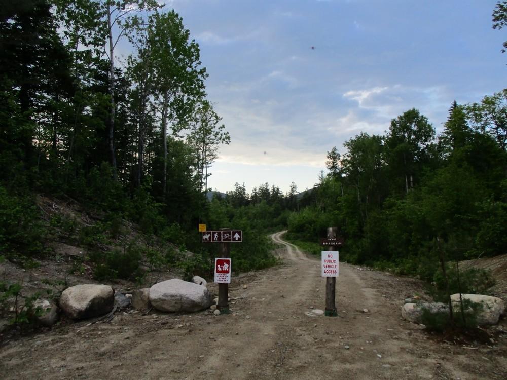 Trail entrance (Credit: Evan Watson)