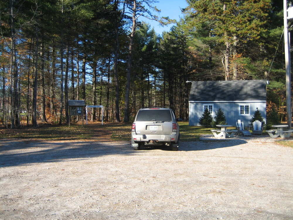 Parking at the Jockey Cap Store and Motel (Credit: Maine Trail Finder)