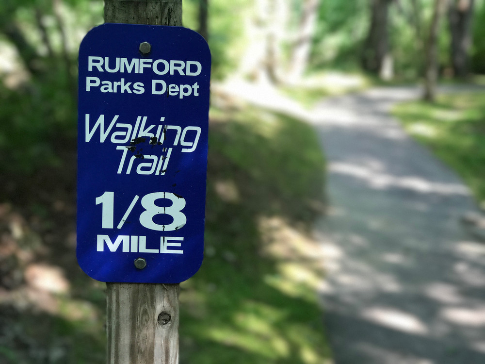 Mileage signs are placed at regular intervals along the path (Credit: CCGIS)
