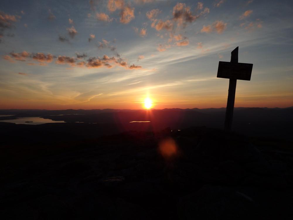 Sunset on Saddleback. (Credit: Robert Ratford)