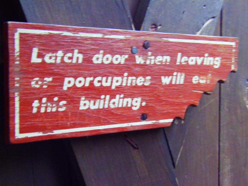 AT bathroom door sign while descending (Credit: Robert Ratford)