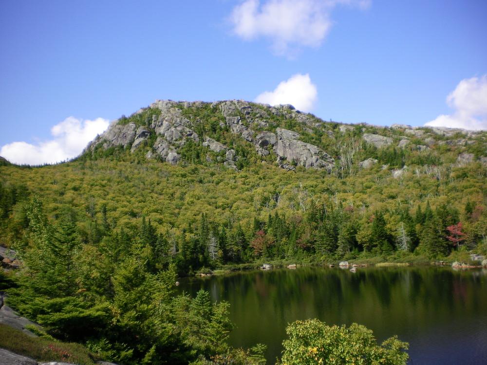 Tumbledown - neighboring peak. (Credit: Chris Nason)