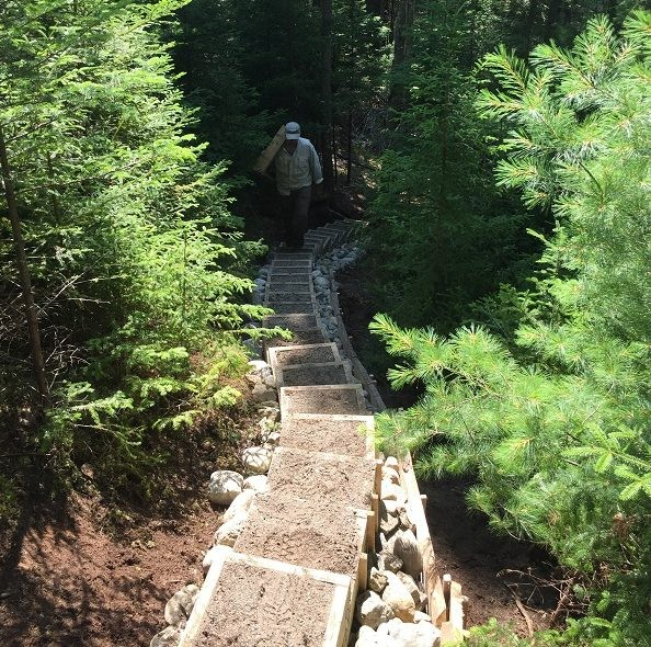 26 steps on the Loop Trail (Credit: Blue Hill Heritage Trust)