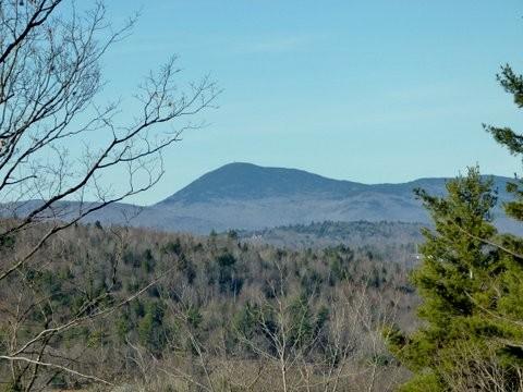 Mt. Blue from the Ridge Road Scenic Overlook (Credit: Andii Walker)