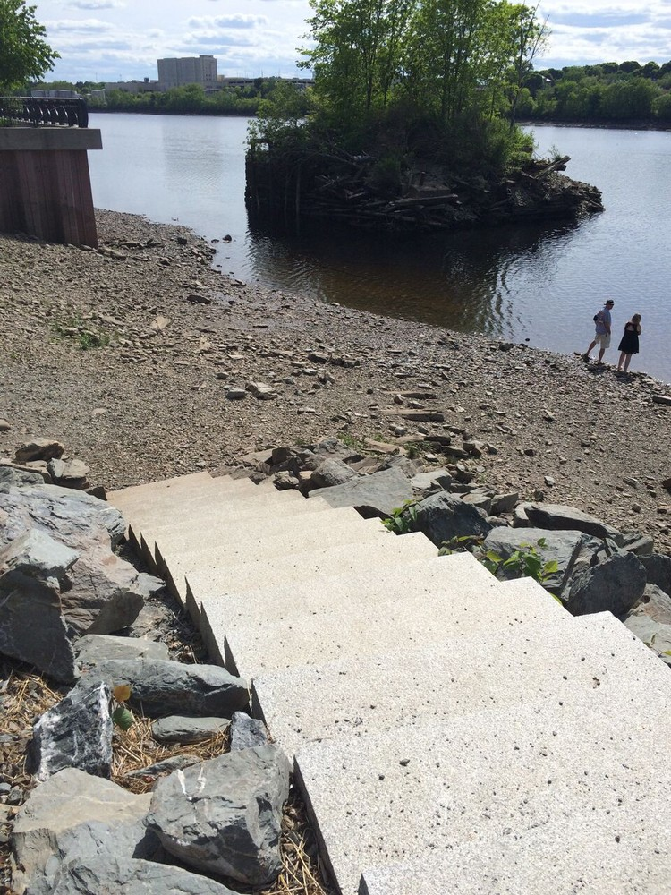 Granite steps leading to the river (Credit: Maine Trail Finder)