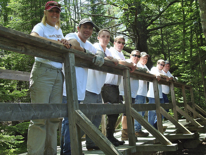 Volunteers helping with trail maintenance (Credit: Saco Bay Trails)