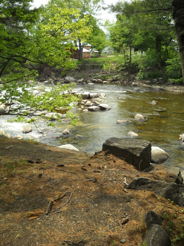 This trail features picturesque views of the upper Sandy River. (Credit: Center for Community GIS)