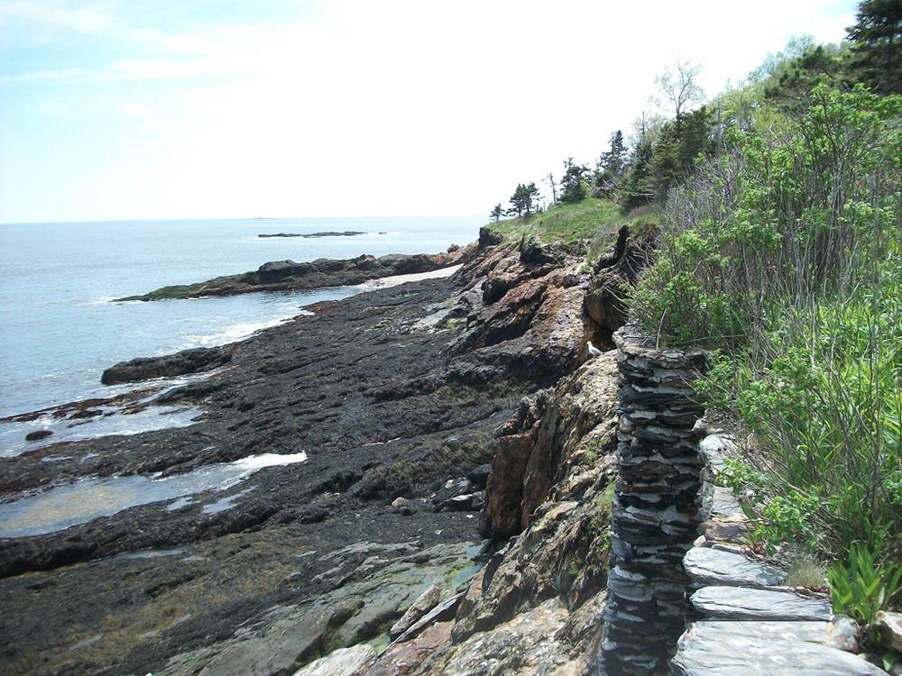 Wall along Eagle Island shore (Credit: BPL)