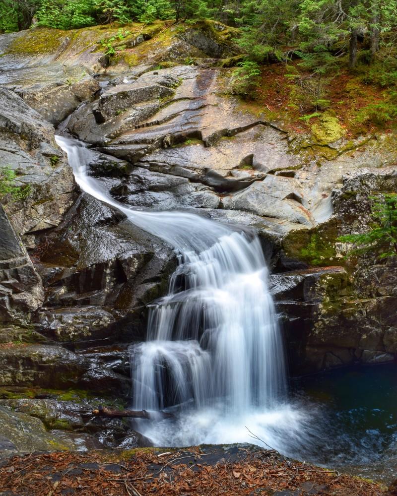 Beautiful day at the main cascade (Credit: Flatlanders Photography)