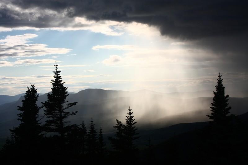 Advancing Rains (Credit: Ross Donihue)