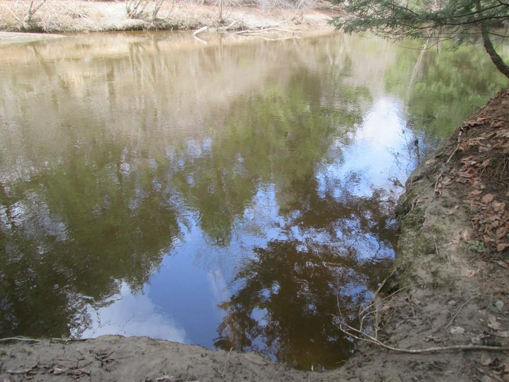 Calm waters, 4/13/17 (Credit: Roger Brown)