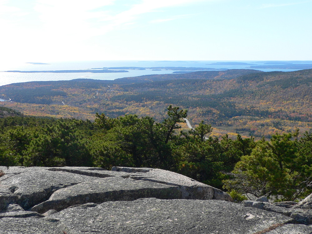 Southwest views from the summit of Champlain Mountain (Credit: National Park Service)