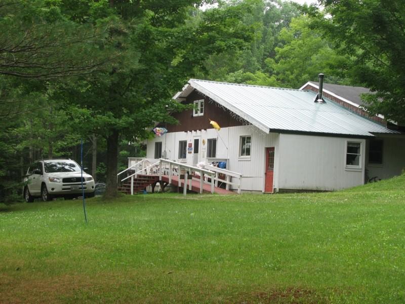 Campground lodge  (Credit: Joel Alex)