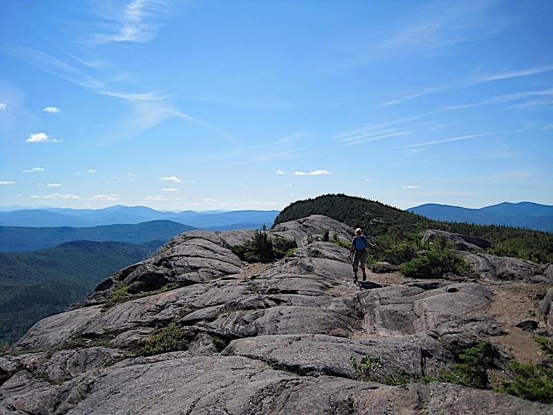 Tumbledown Ridge between the West and East Peaks (Credit: Ryan Linn)