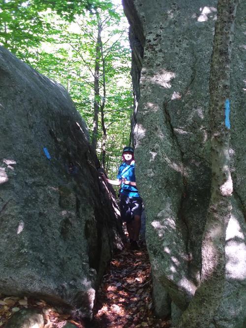 Trail between rocks (Credit: Steve Lyons)