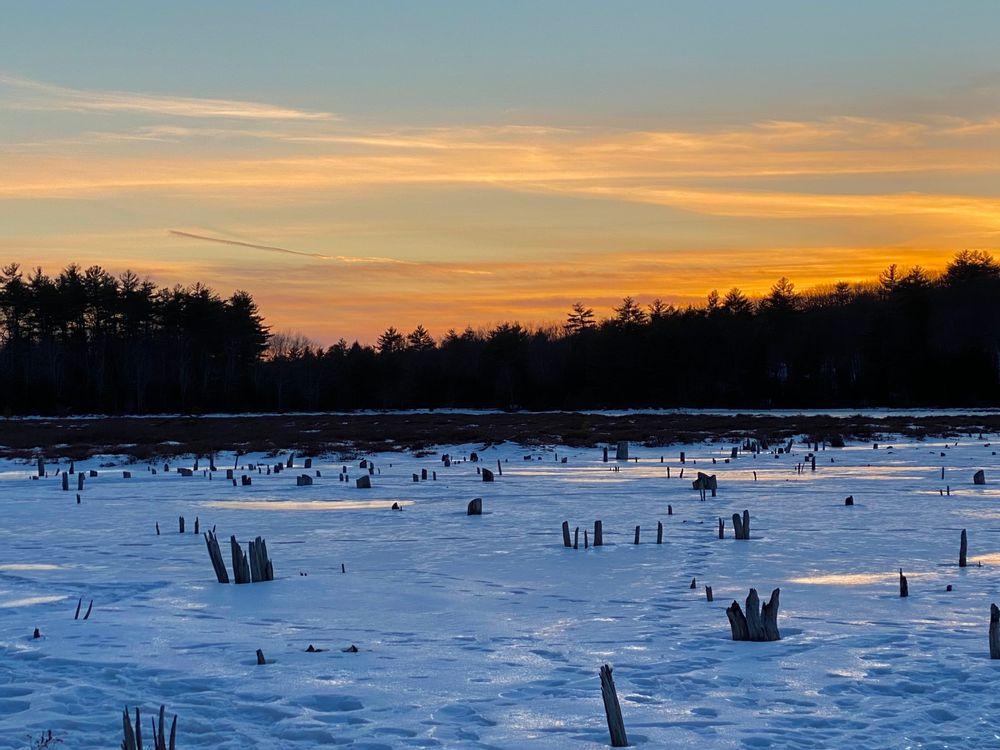 Knight's Pond Winter Sunset (Credit: Beth Hamilton)