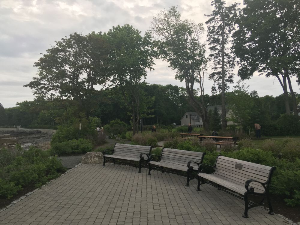 New park seating (Credit: Maine Trail Finder)