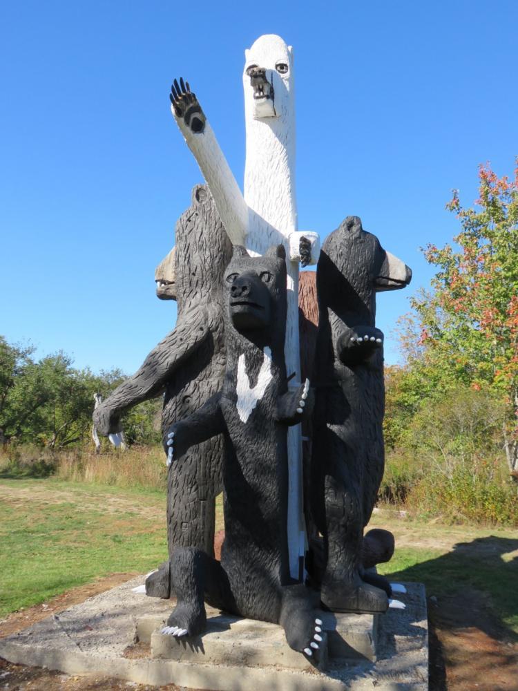 Langlais 5 Bears Sculpture (Credit: Georges River Land Trust)