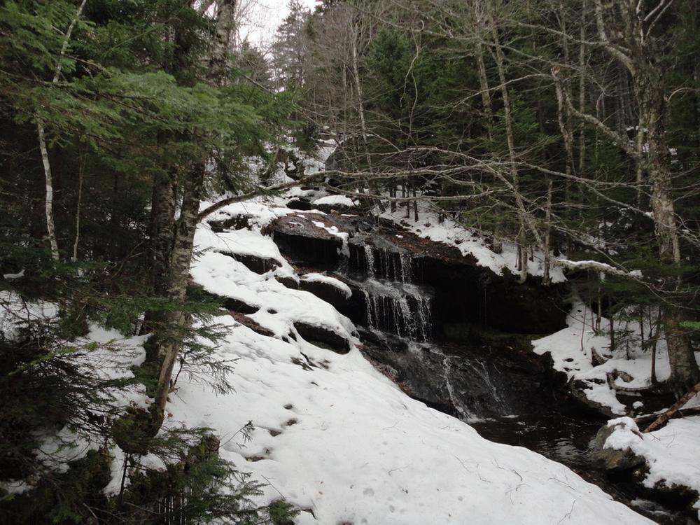 Waterfall (Credit: Remington34)