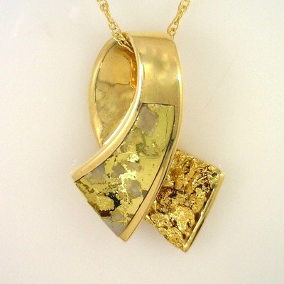 Gold Veined in White Quartz Pendant