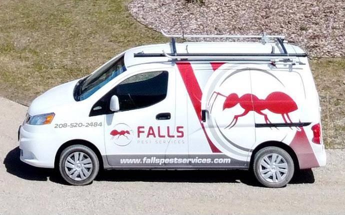 company van pulling up to house in idaho falls