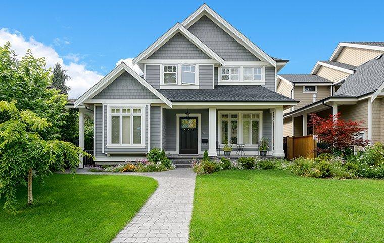 home located in gladstone mo