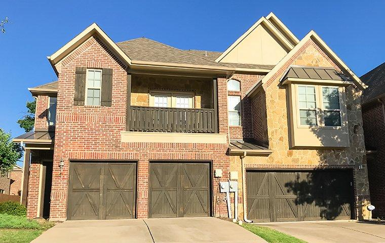 street view of a home serviced by falkin pest control in dallas texas