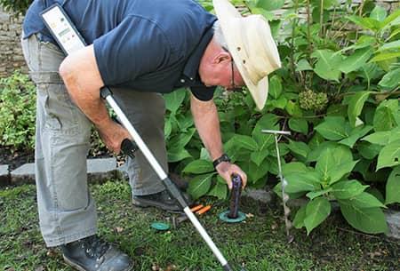 termite control technician