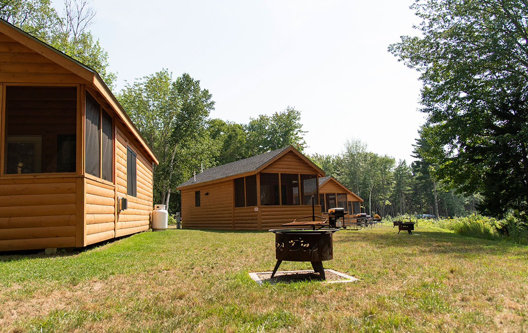 cabins at smuggler's den campground