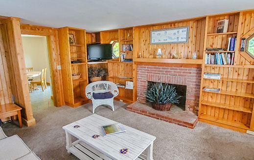 livingroom at longbarn