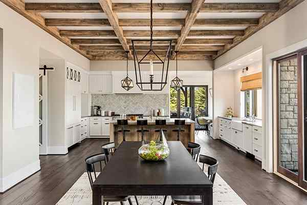 beautiful kitchen in a green trails texas home