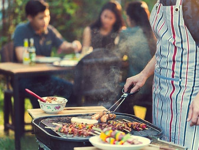 new jersey homeowners having a bbq without pests