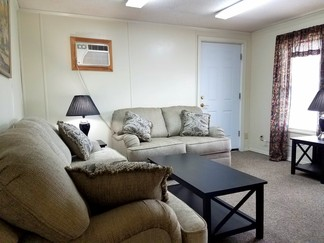 Apartment, 1 Bedroom, Wilton, $1,100 monthly, Fully Furnished, Everything Included, Clean, Convenient