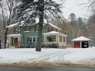House, 4BR, Farmington, $1,300 monthly, Walk downtown, Private back yard, 2 car garage