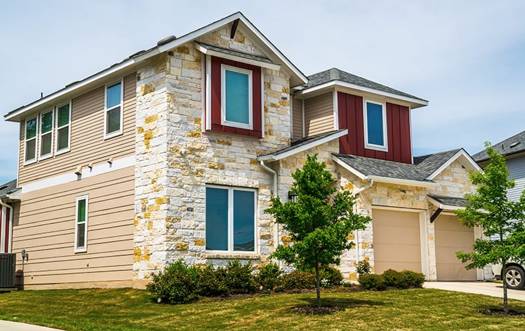 exterior view of a home in midlothian texas