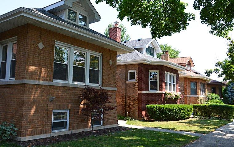 the exterior of a home in chicago illinois